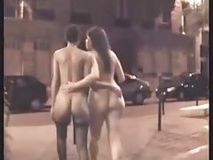 PUBLIC NUDITY IN PARIS
