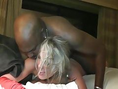 Hot MILF Does BBC