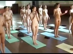 training  Yoga with girls