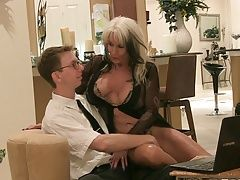 Nerd fucks Widowed Bimbo