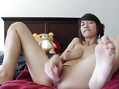 Sexy Babes Creamy Orgasm Whilst Toying