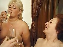 Oma piss and cum in mouth