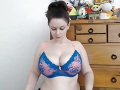 #4 thick big tits busty pale tattoo girl