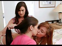 2 hot girls and 1 hot woman 722