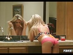 Blonde Babe doesnt know she is being watched