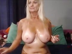 Amateur granny anal masturbation on webcam
