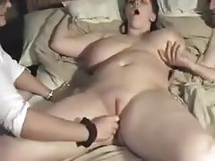 lucky guy with two women.mp4