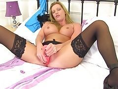 Leggy mature MILF with very hungry cunt