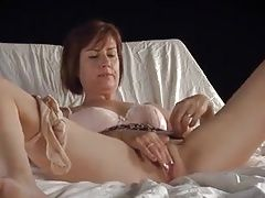 milf solo pleasure